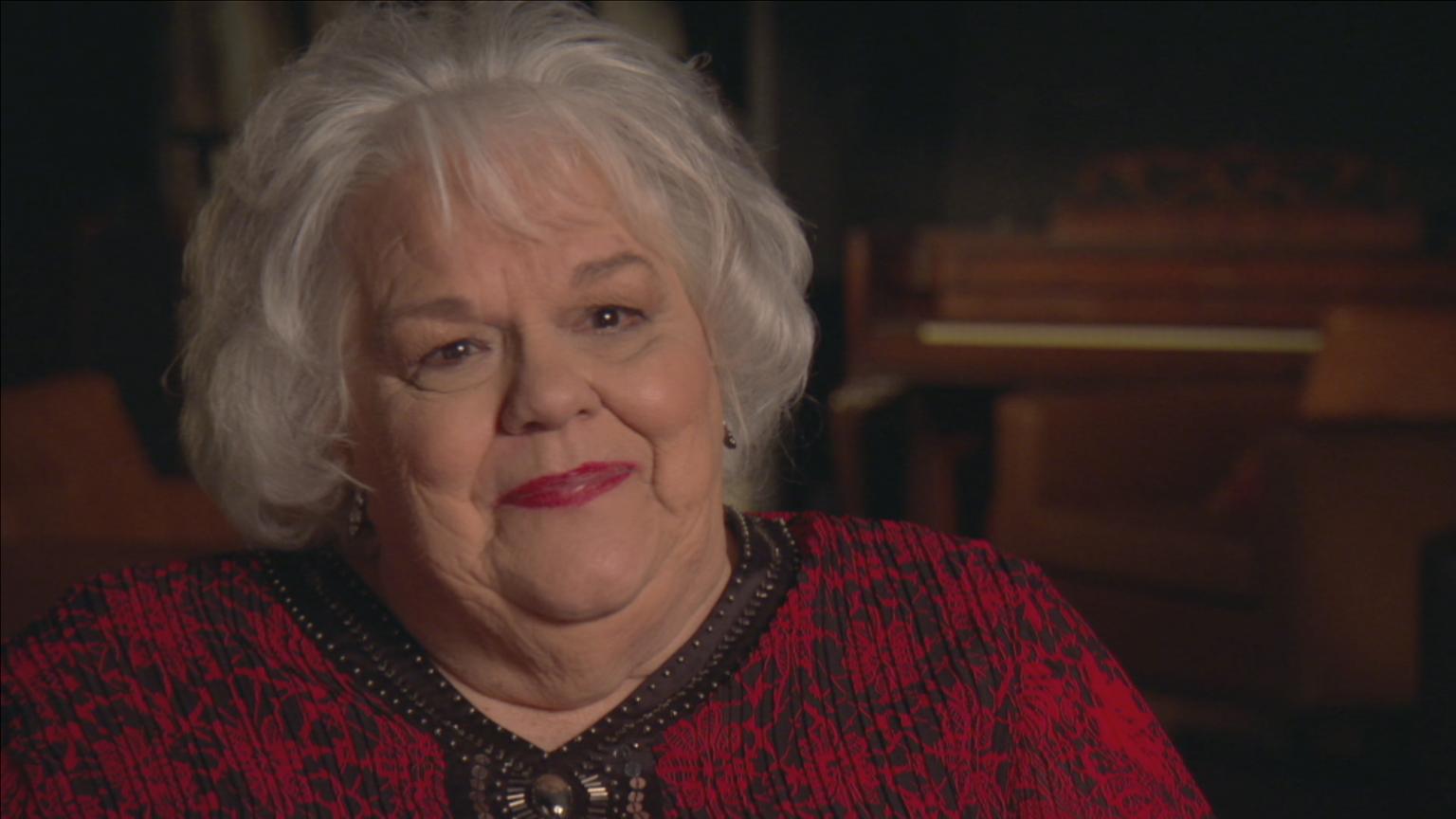 Closeup image of Hazel Smith