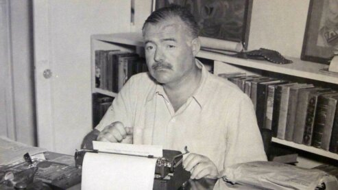"S3537 | ""Hemingway the Author"""